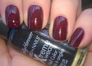 Sally Hansen Black Out & Red Carpet Layered